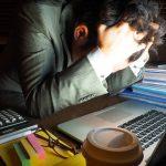 時間外労働の規制は、繁忙期「月100時間未満」で決着してしまうのか?